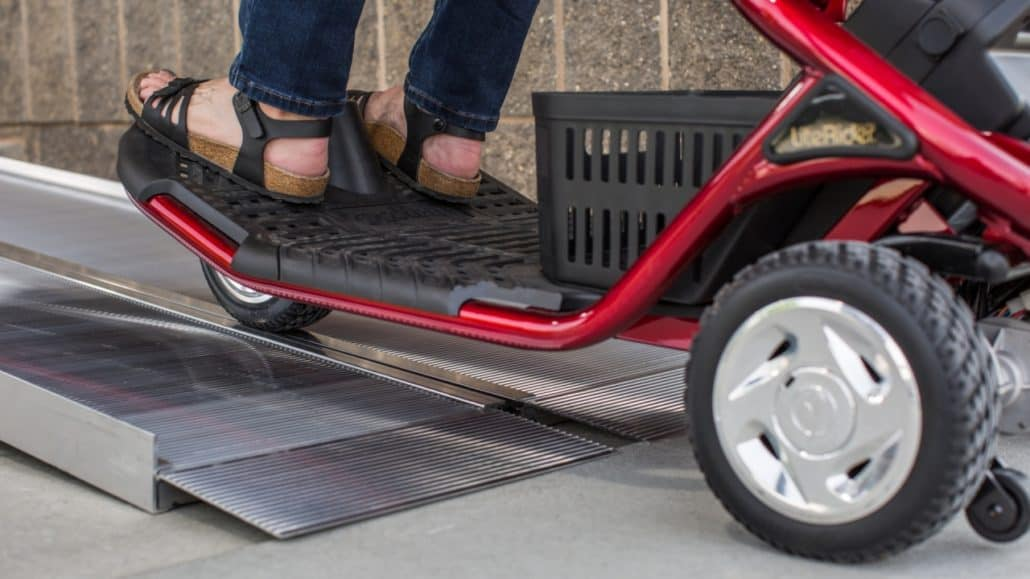 Singlefold ramp with a scooter